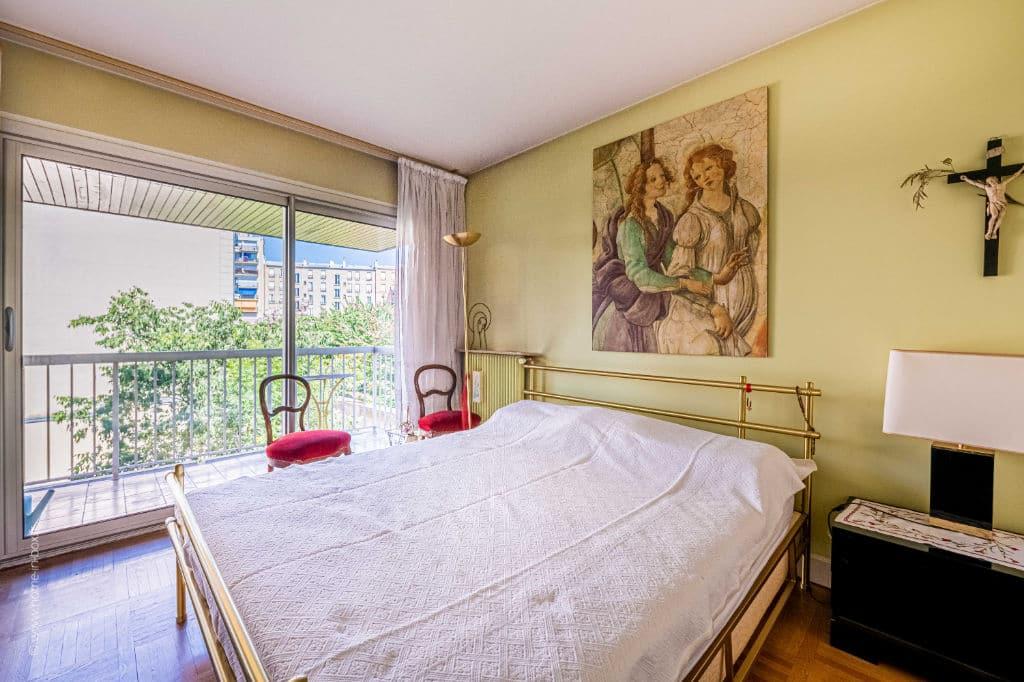 appartement à vendre à charenton le pont: 5 pièces 100 m², suite parentale avec accès terrasse