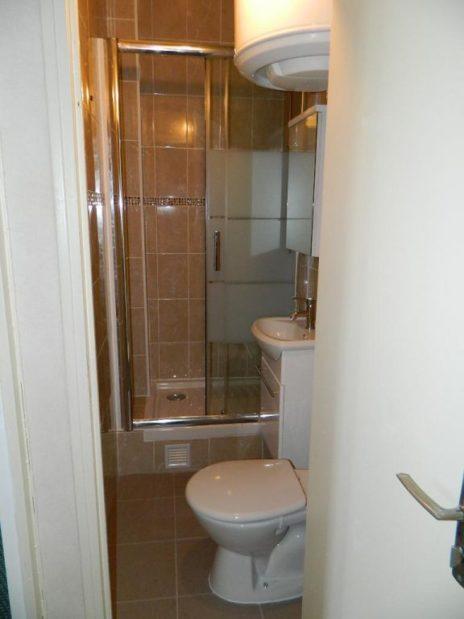 vente studio maison alfort: 26 m² au 1er étage, salle d'eau avec vasque et wc
