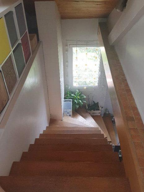 immo maisons alfort: 4 pièces 148 m², escaliers qui desservent l'étage