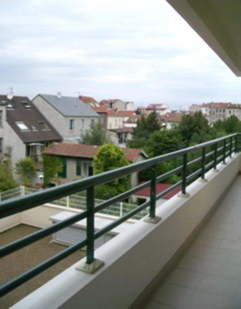 vente studio à alfortville: 28 m², beau balcon avec vue dégagée accès salon