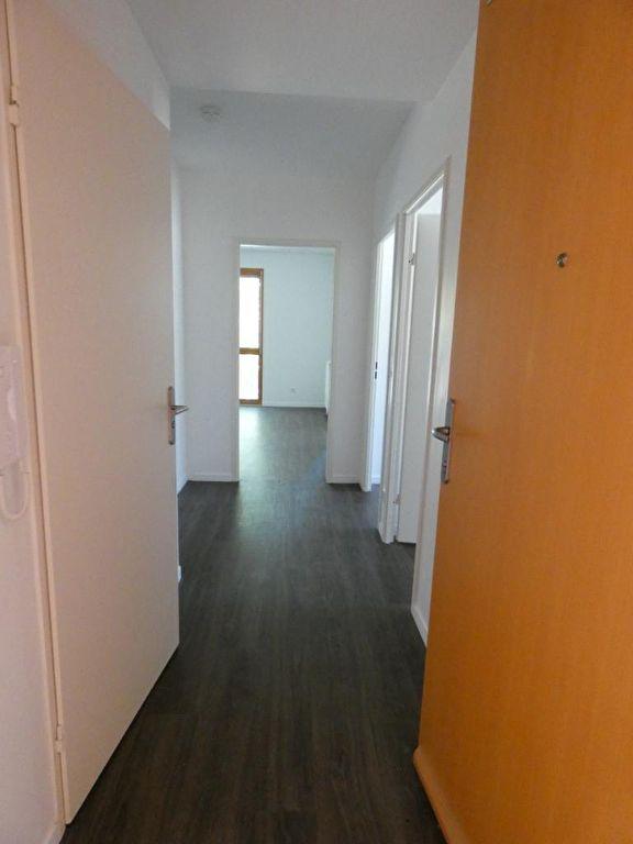 vendre appartement alfortville: 4 pièces 72 m², entrée menant aux pièces, excellent état