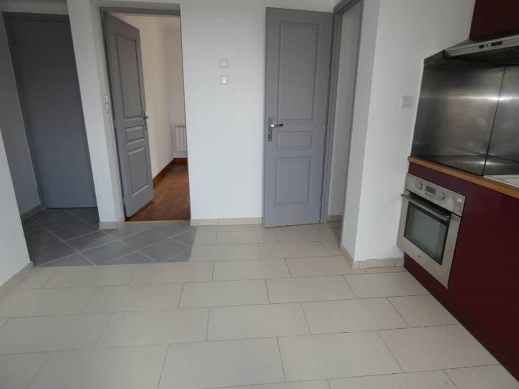 faire estimer appartement alfortville: 2 pièces, cuisine équipée d'un four et d'une hote