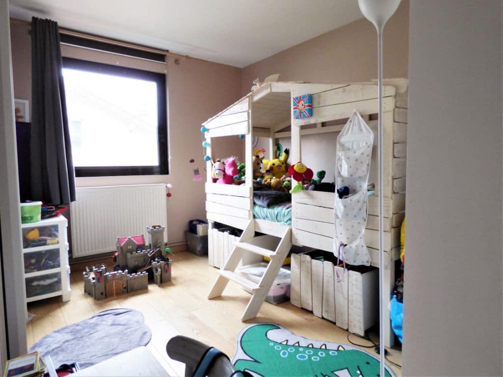 vente pavillon alfortville: 4 pièces 116 m² (carrez), lumineuse chambre à coucher