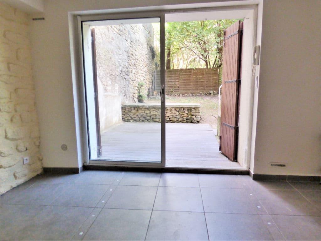 achat appartement maison alfort: 2 pièces 30 m², séjour avec terrasse de 20 m² en rez-de-jardin