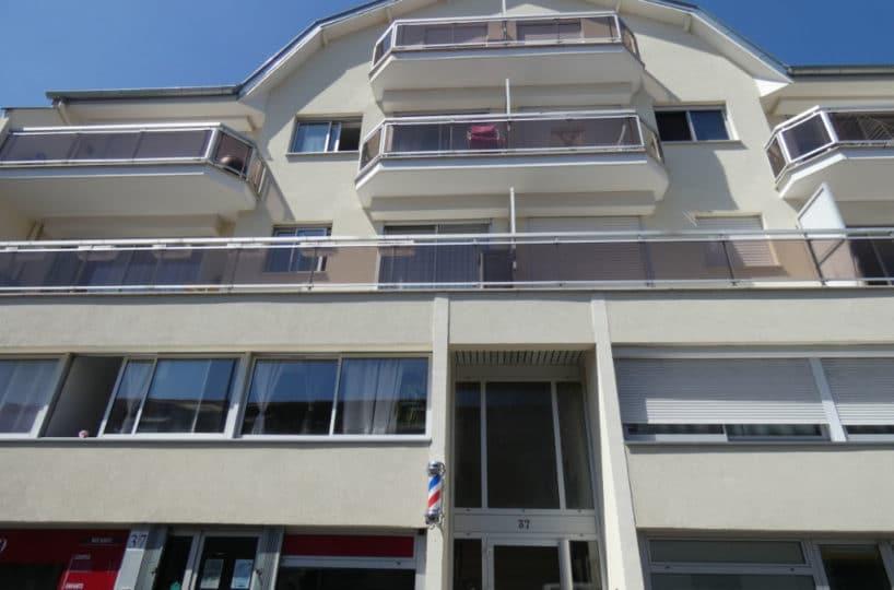 estimation appartement alfortville: beau 2 pièces 43 m², résidence avec digicode, parking et cave