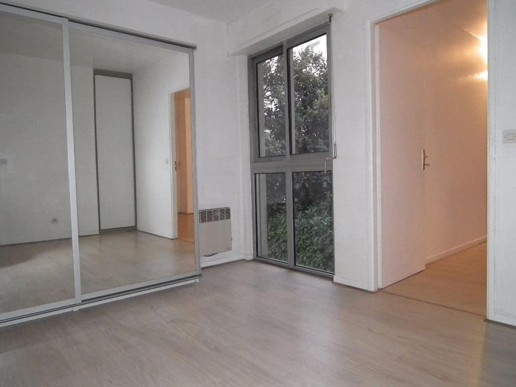 estimer appartement alfortville: 2 pièces, chambre à coucher, armoire / penderie encastrée