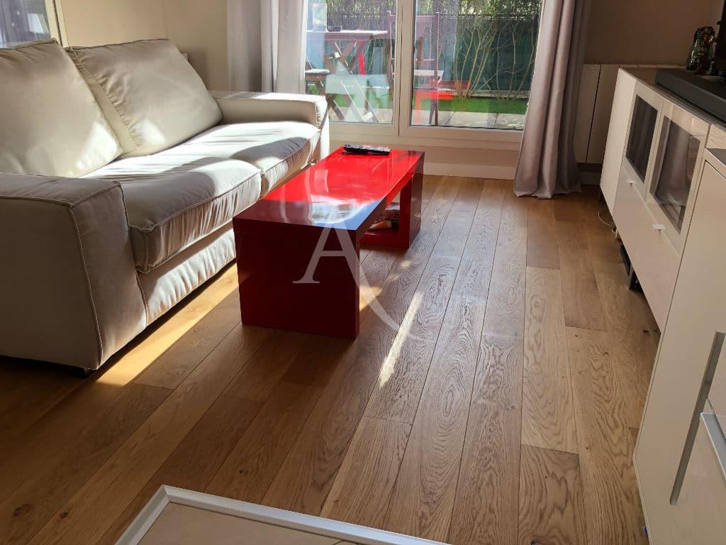 appartement alfortville: appartement 2 pièces 32 m², séjour lumineux avec terrasse