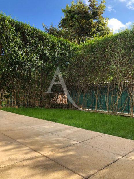 estimation de mon appartement: 2 pièces 32 m², jardin de 29 m² cloturé par haie végétale