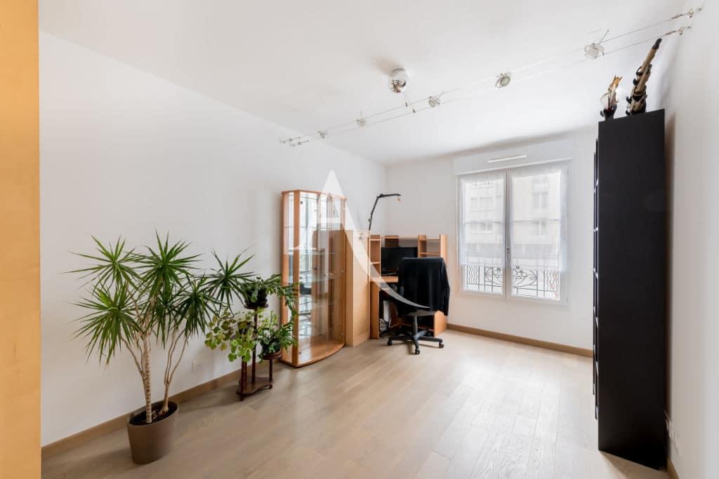 vente appartement maisons alfort: 4 pièces 77 m², chambre, imitation parquet au sol