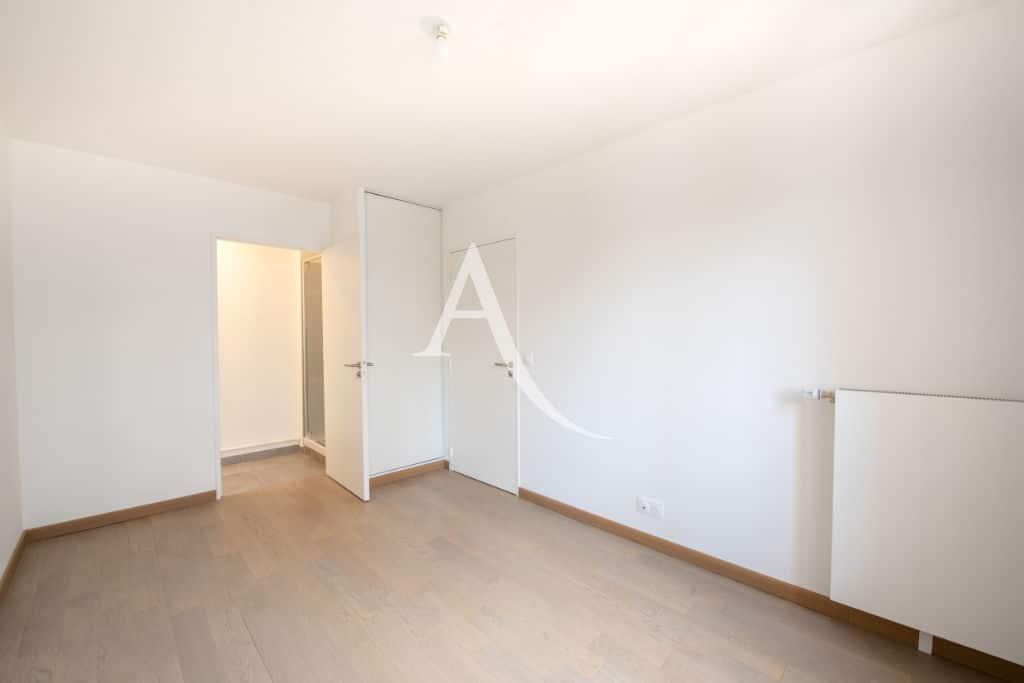 appartement à vendre maisons alfort: appartement 4 pièces 77 m², chambre avec salle de bain