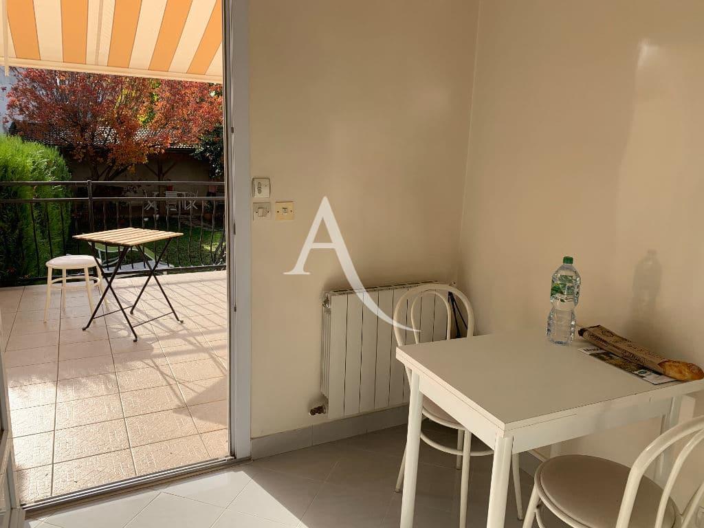 immobilier maison alfort: maison 7 pièces 191 m², petite pièce avec accès à la terrasse