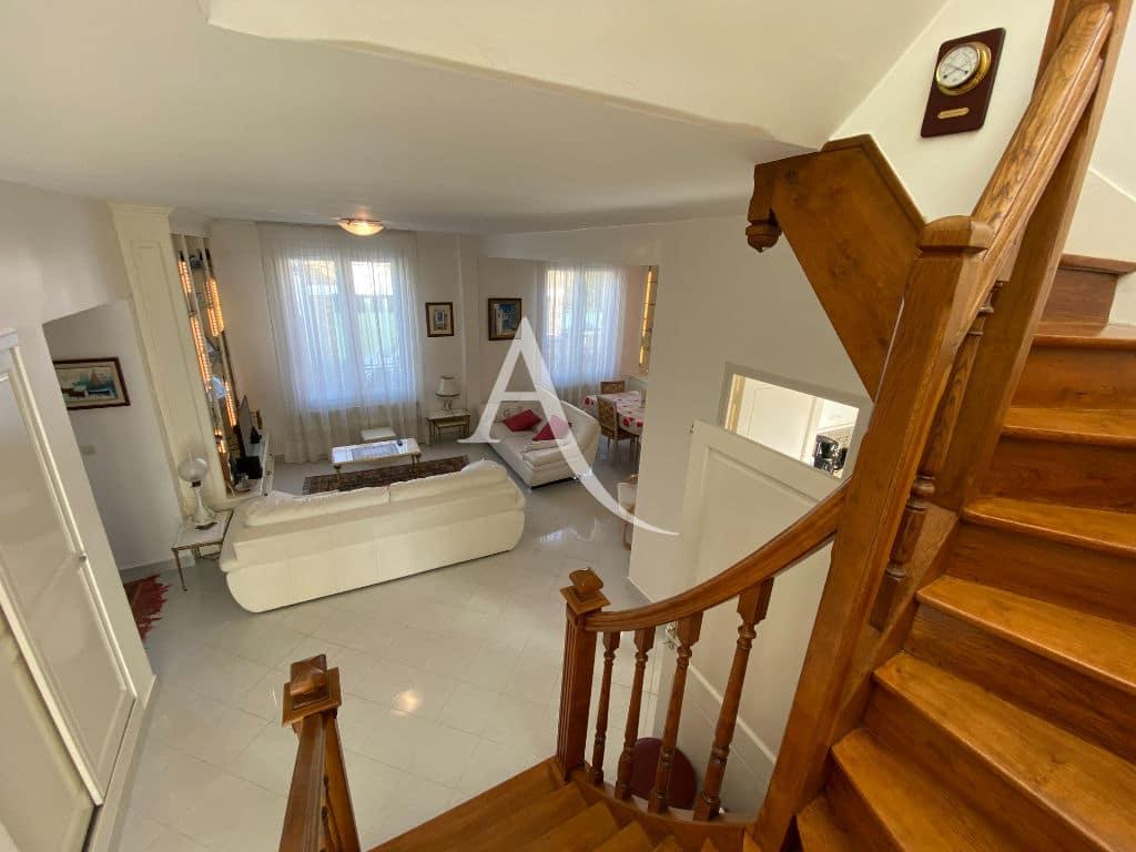 maison a vendre maison alfort: maison 7 pièces, vaste séjour lumineux et son escalier