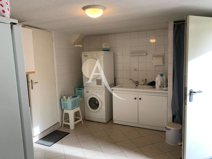 immo 94: maison 7 pièces 191 m², au sous-sol, grande pièce pour buanderie