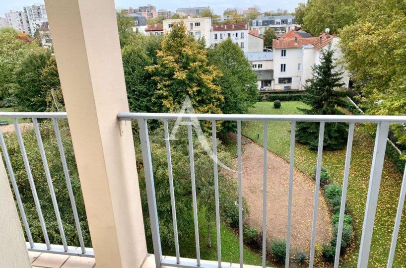 agence immo maisons alfort: 4 pièces, large balcon 10 m², vue dégagée sur parc