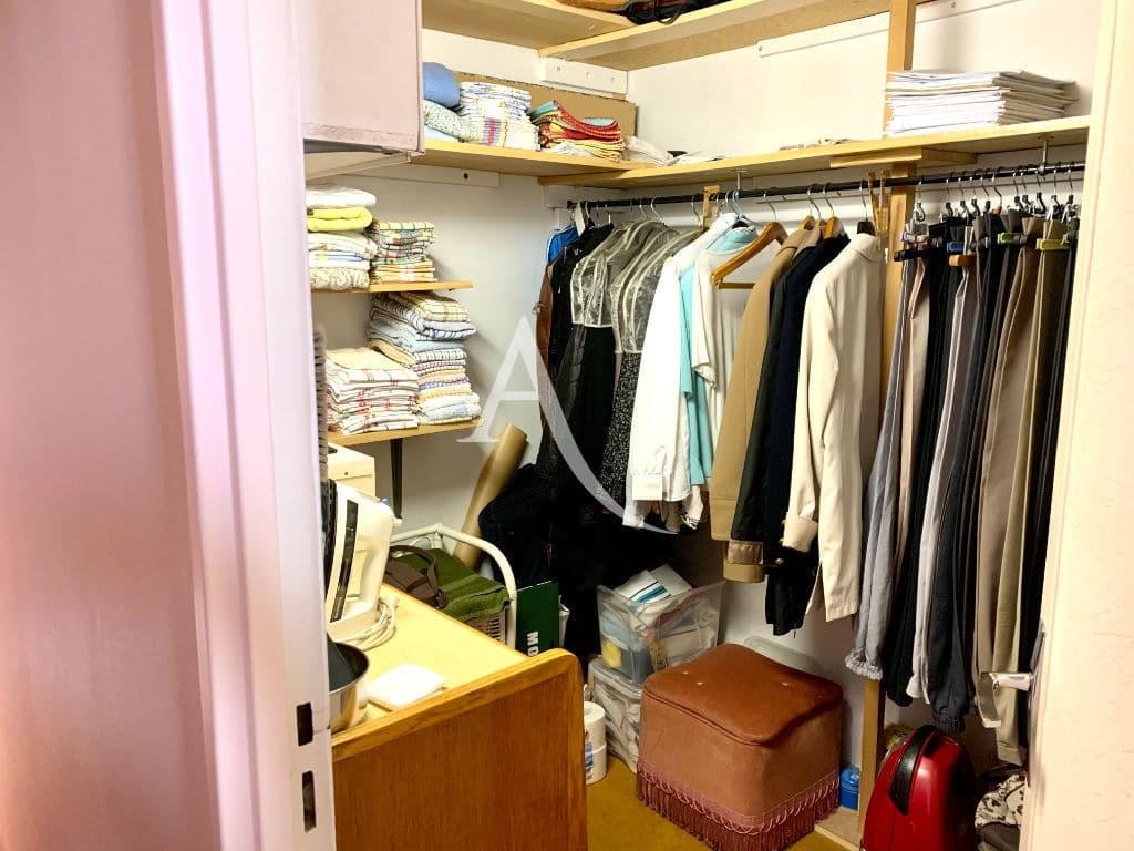 agence immobiliere maisons alfort: appartement 4 pièces 80 m², pièce aménagée en dressing
