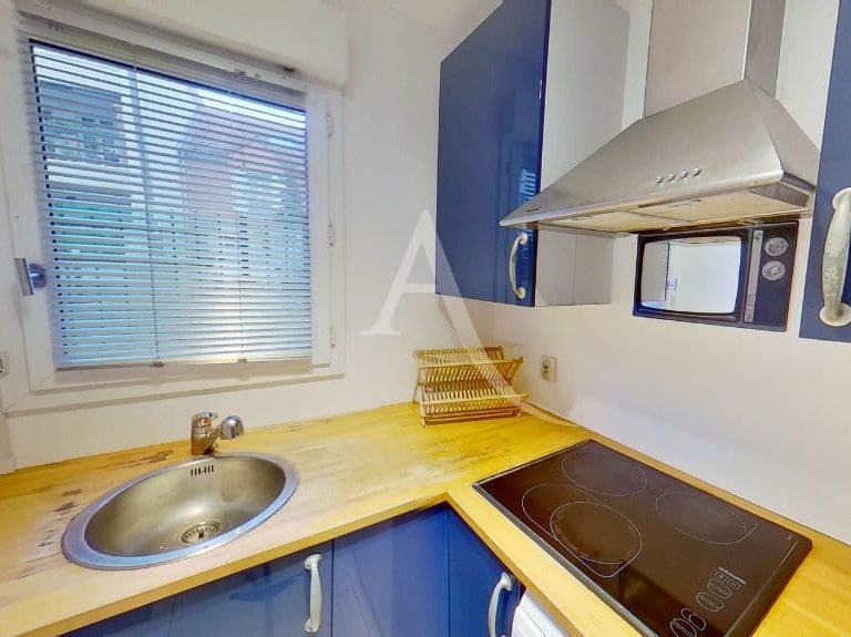l adresse alfortville: appartement 2 pièces 50 m², cuisine indépendante équipée (plaque, hotte, four)