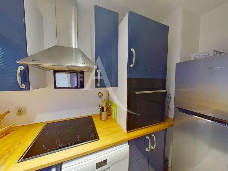 agence location immobiliere: appartement duplex 2 pièces meublées 50 m², cuisine indépendante équipée