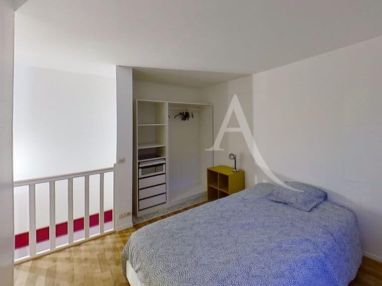 alfortville appartement location: 2 pièces 50 m², duplex, chambre à l'étage, penderie