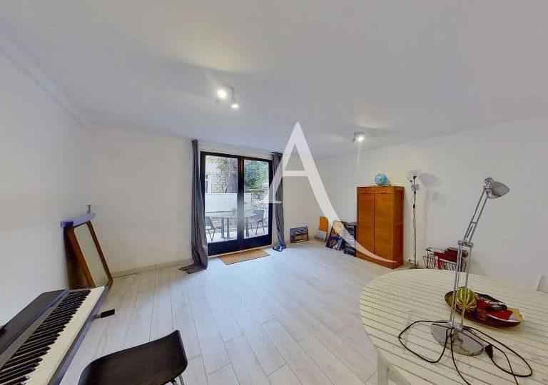 appartement à vendre à charenton le pont: 4 pièces 90 m², double séjour lumineux avec accès à la terrasse