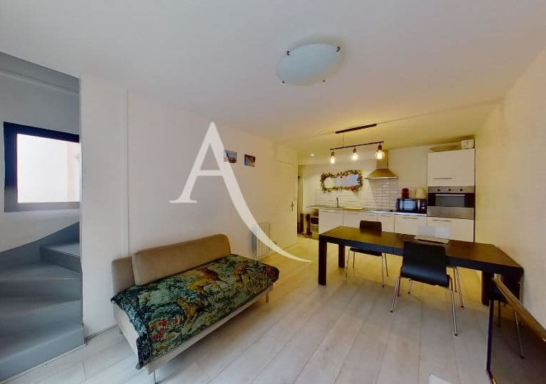 appartement à vendre à charenton-le-pont: 4 pièces, double séjour, cuisine ouverte, aménagée et équipée