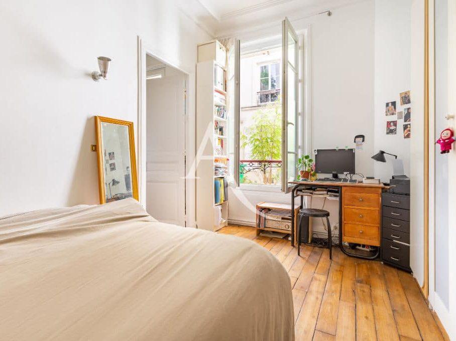 point de vente immobilier: appartement 4 pièces 69 m², 1° chambre lumineuse avec un accès à la 2° chambre