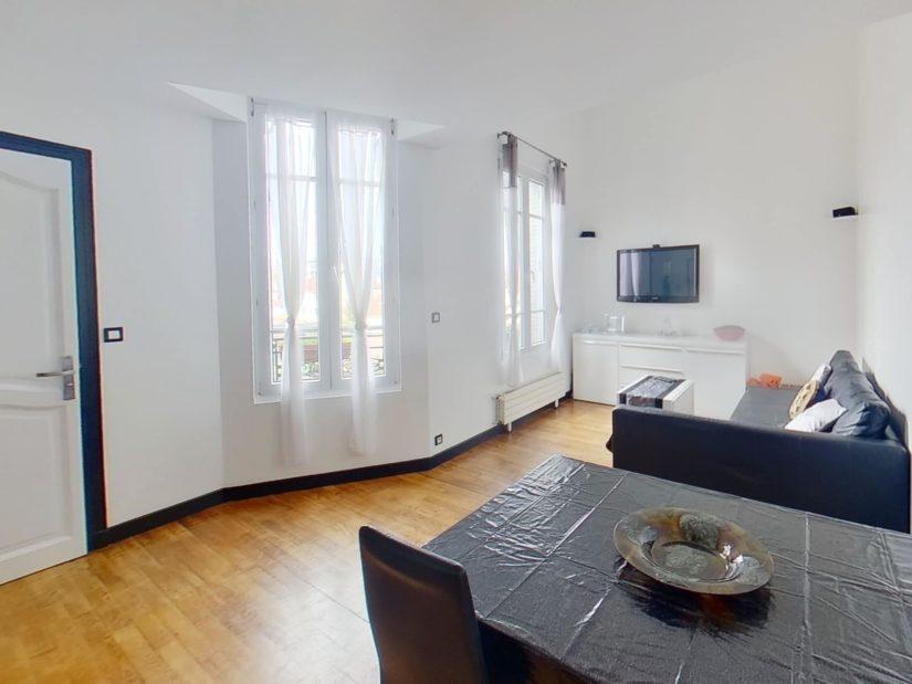 direct immobilier alfortville: duplex 4 pièces, double séjour lumineux, parquet au sol