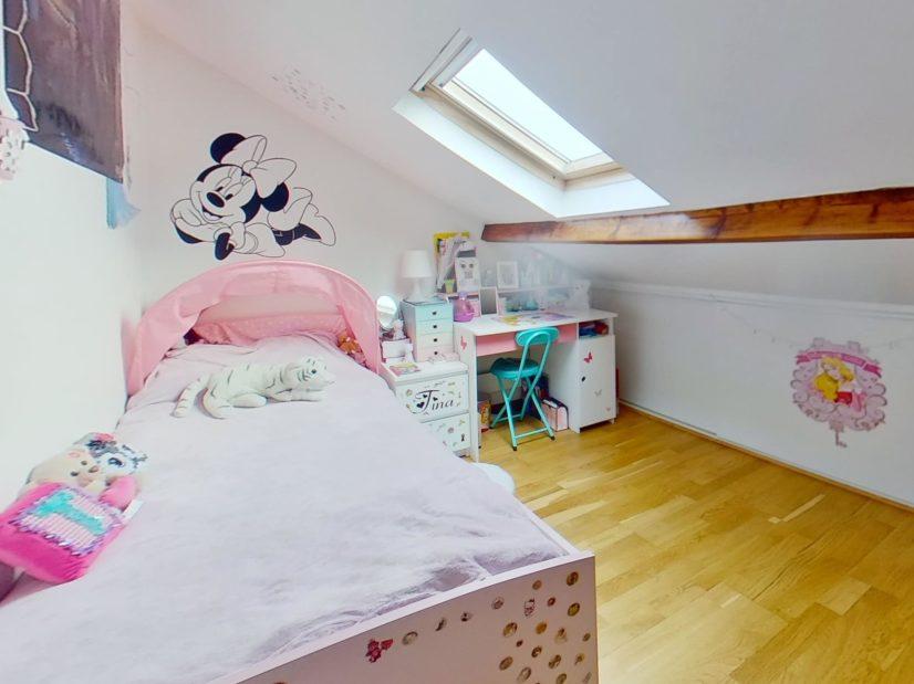 agence alfortville: duplex 4 pièces 46 m², niveau haut: 2° chambre à coucher