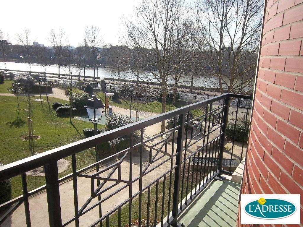estimation alfortville : appartement 3 pièces 67 m² 2e étage avec vue sur seine