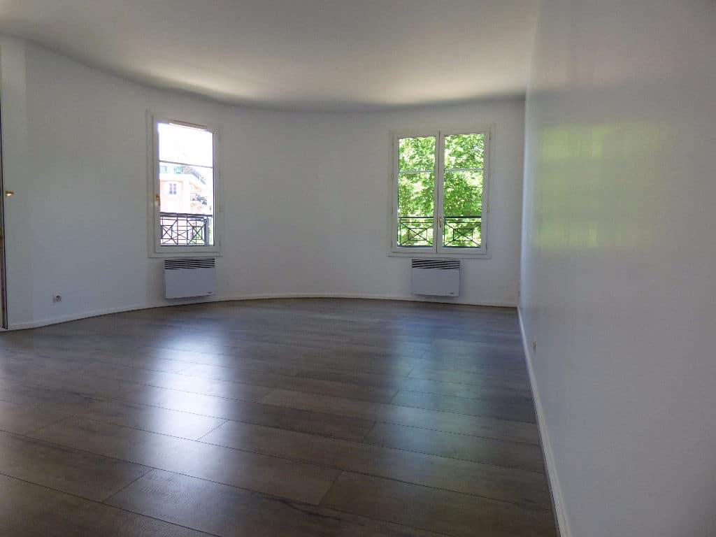appartement a vendre alfortville: 3 pièces 67 m², grand séjour avec parquet au sol