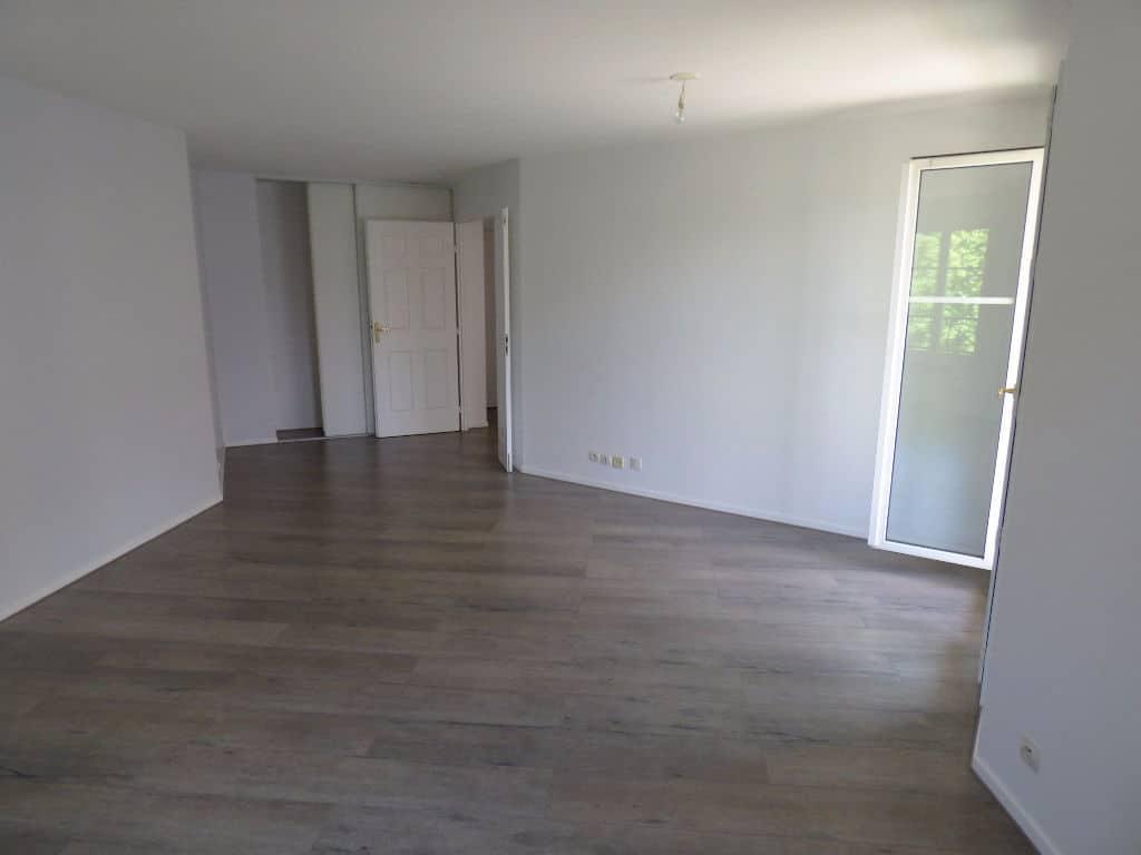 agence alfortville: 3 pièces, grand séjour de 27 m², parquet au sol, placard