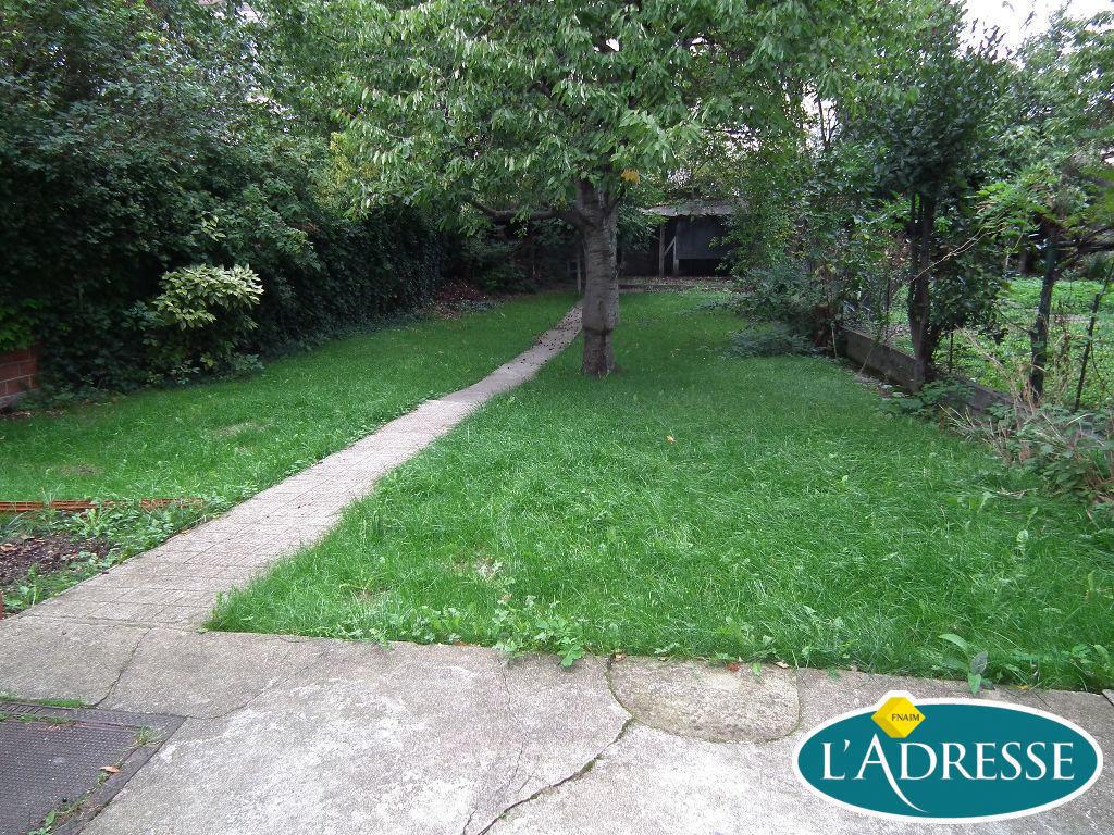 maison a vendre alfortville: 5 pièces 118 m², jardin entretenu et arboré