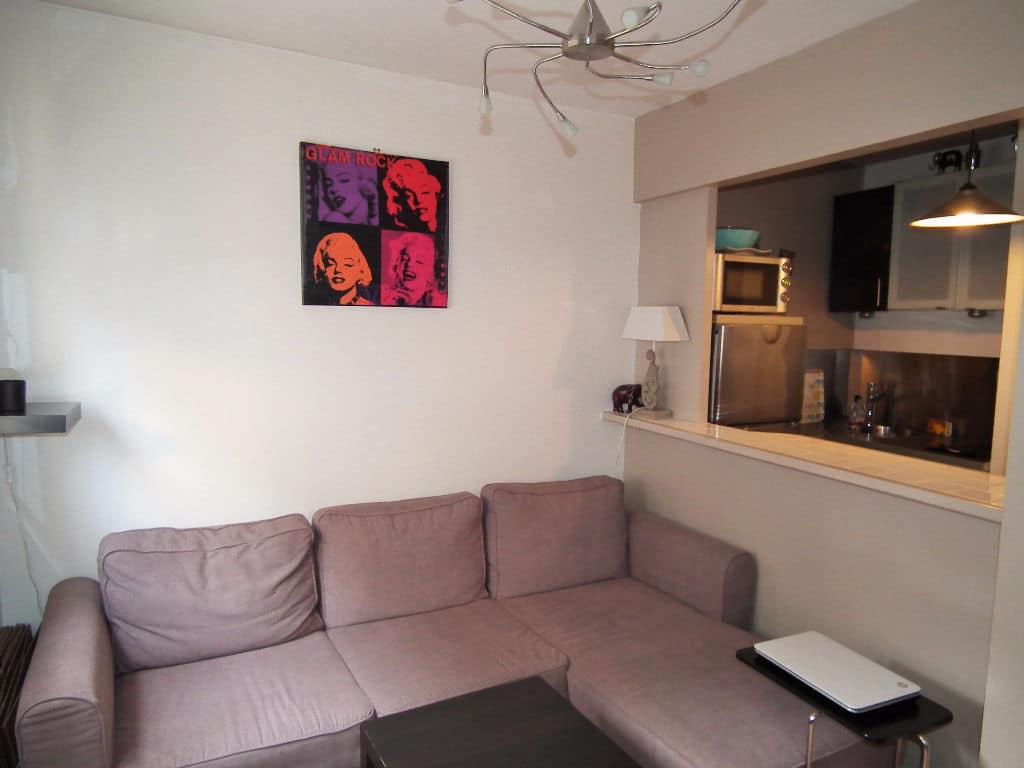 estimer appartement alfortville: 2 pièces, cuisine ouverte sur séjour, canapé d'angle