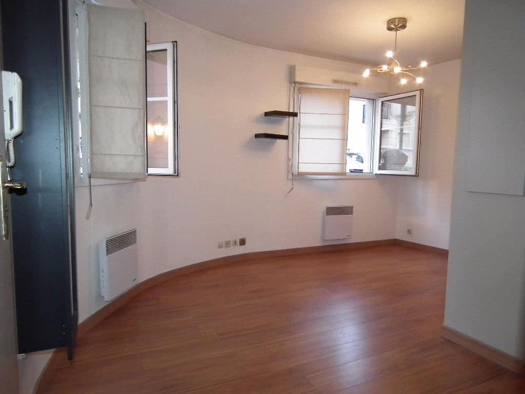 agence alfortville: 2 pièces 37 m², séjour lumineux avec deux belles fenêtres