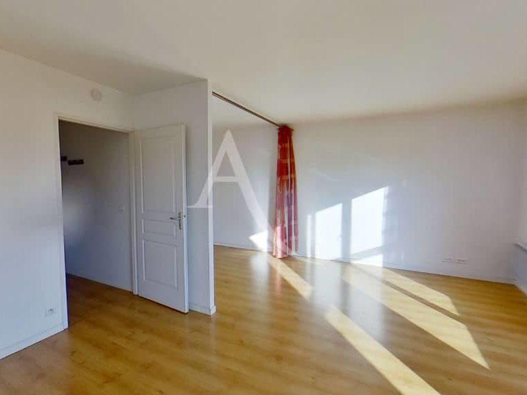 appartement a louer alfortville: studio 36 m², grand séjour, chambre à coucher séparé