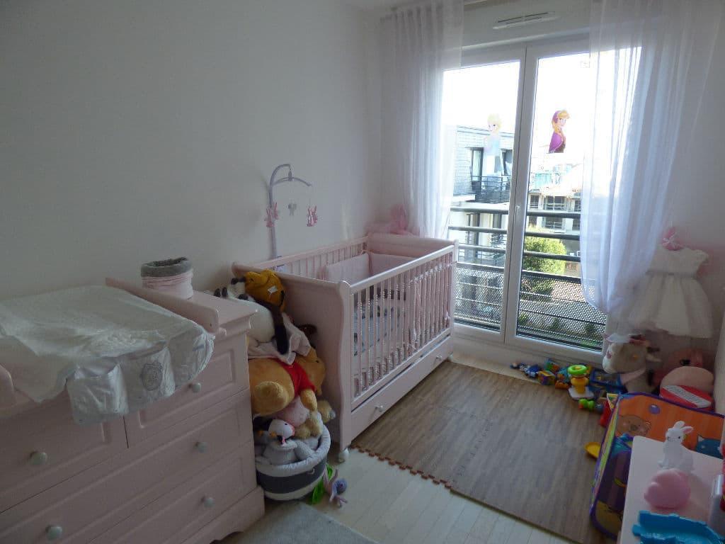 estimer appartement maisons-alfort: 3 pièces 68 m², chambre d'enfant, bon état général