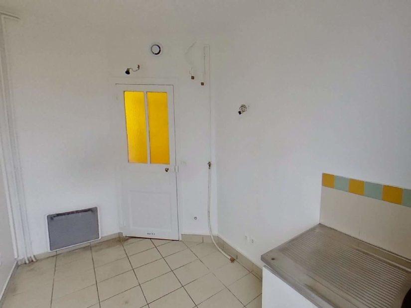 location immobiliere maisons alfort: 3 pièces 50 m², cuisine indépendante à aménager