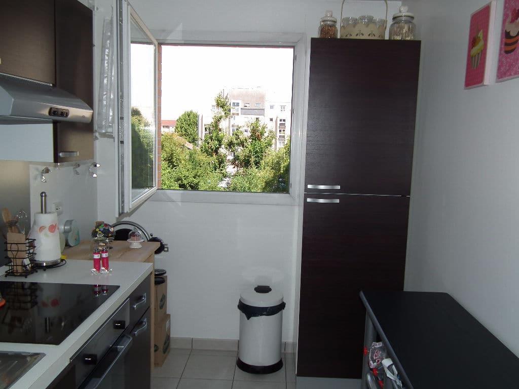 location appartement 94: 3 pièces, cuisine séparée et aménagée, rangements, alfortville