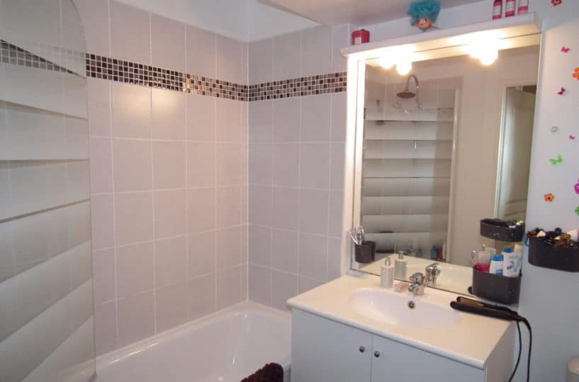 l adresse alfortville: 3 pièces en duplex 62 m², salle de bain avec baignoire, wc séparé