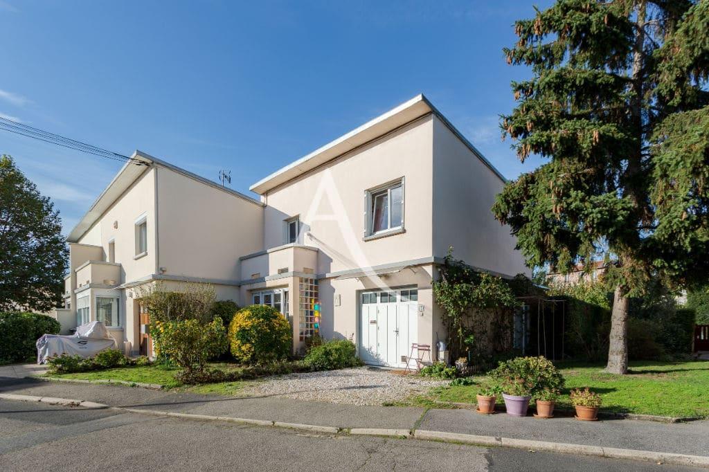 vente maison maisons-alfort: 6 pièces 87 m², avec véranda / garage, métro stade à 5 min et proche marché