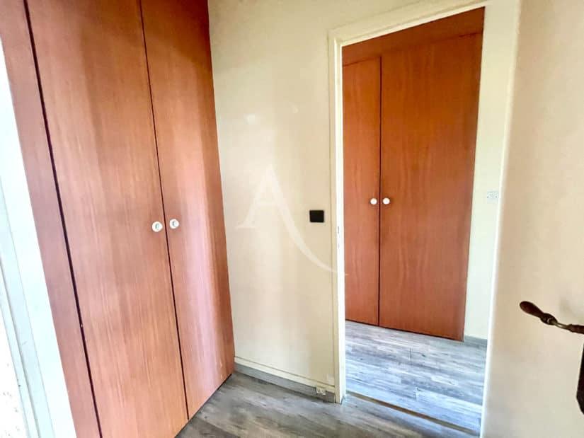 achat appartement maison alfort: 4 pièces 84 m², entrée avec grande penderie