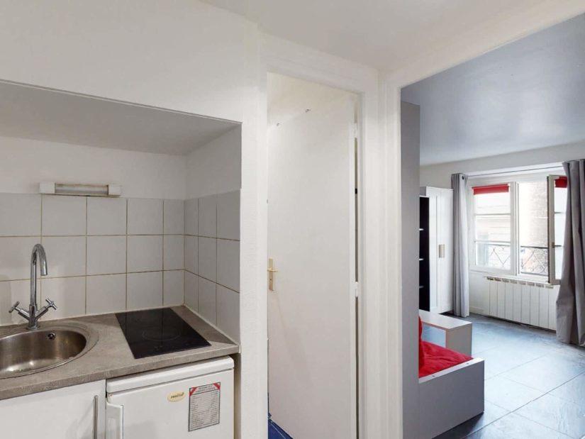 louer studio à charenton-le-pont: 19 m² au 1° étage, kitchenette aménagée et équipée