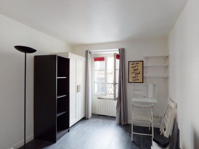 studio meublé charenton: 19 m² refait à neuf, pièce à vivre avec placards, belle luminosité
