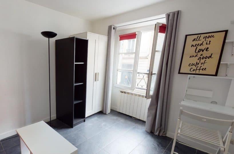 studio à louer charenton: 19 m² rénové, mobilier adapté convertible en canapé et lit