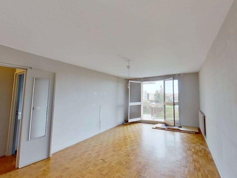 agence immobilière val de marne: 3 pièces 75 m², séjour lumuneux avec balcon