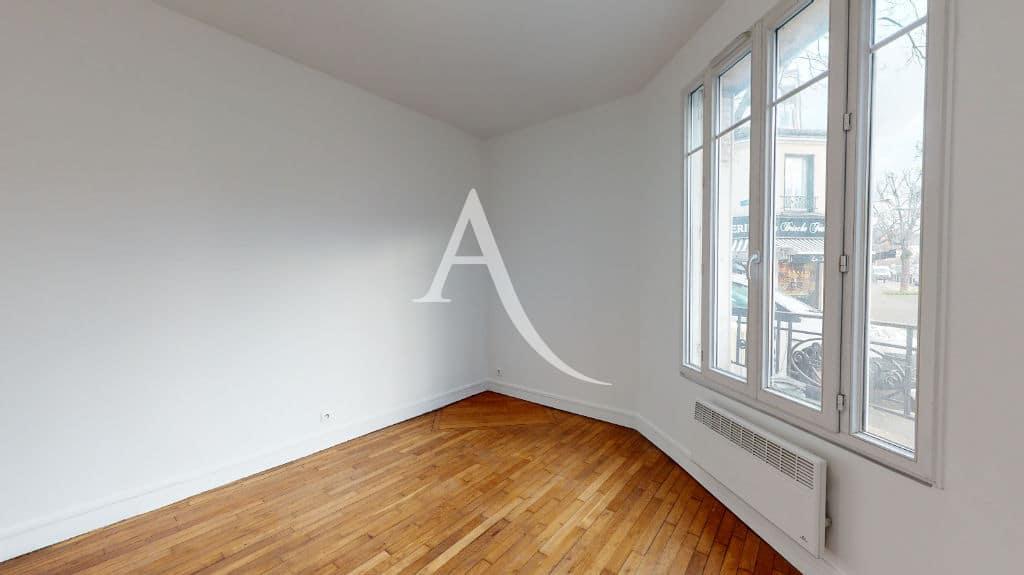 studio à louer maisons-alfort: 28 m², chambre très lumineuse