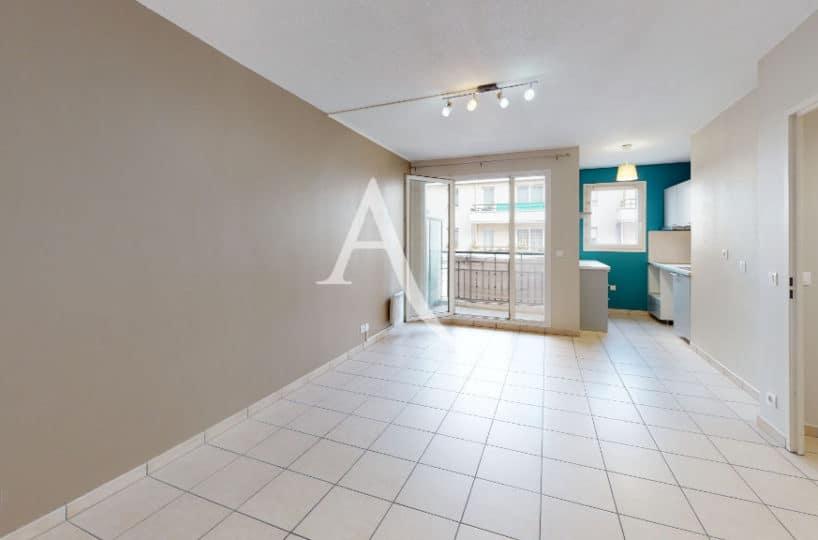agence immo alfortville: 2 pièces 45 m², cuisine ouverte sur grand séjour avec balcon