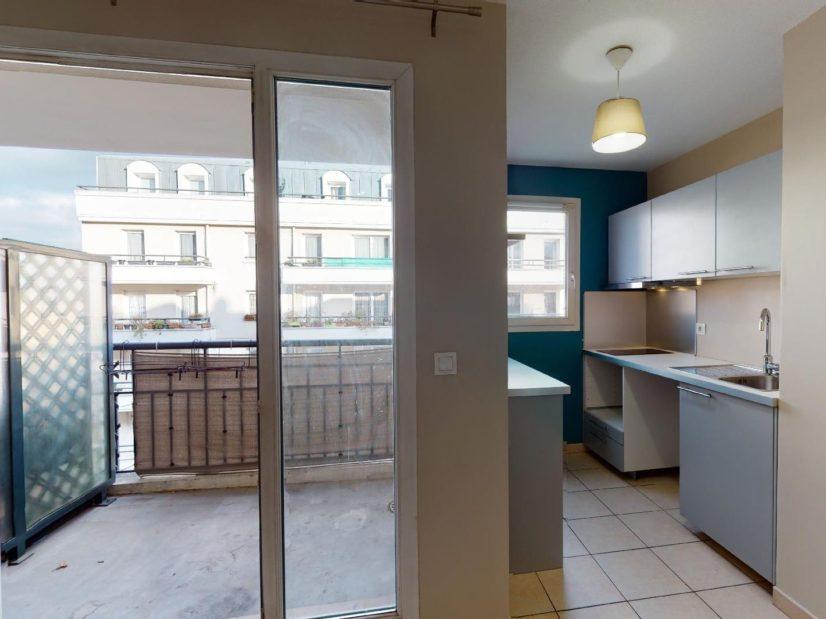 appartement a louer alfortville: 2 pièces 45 m², pièce à vivre accès balcon
