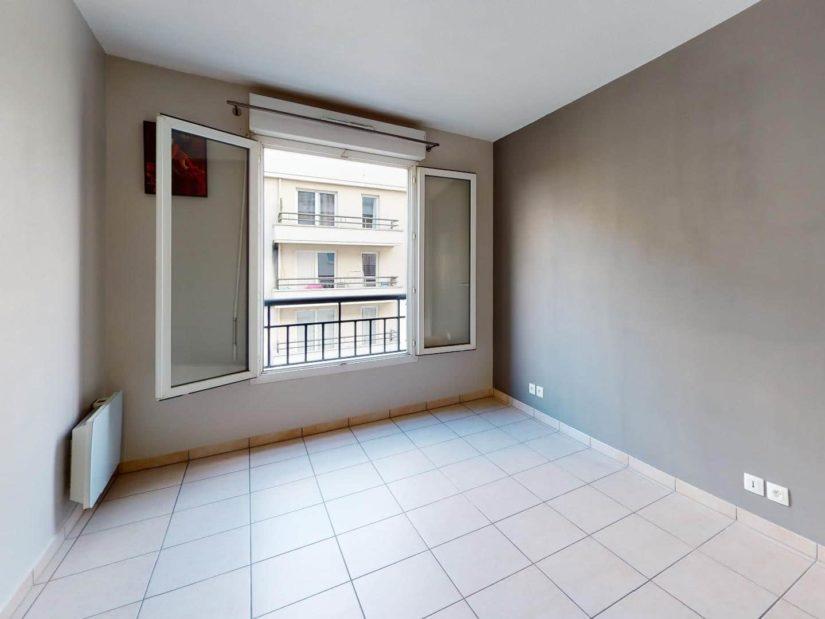 agence alfortville: 2 pièces 45 m², chambre avec fenêtre double vitrage
