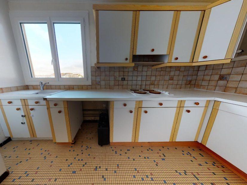 agence immobilière 94: 4 pièces 85 m², cuisine indépendante aménagée et équipée