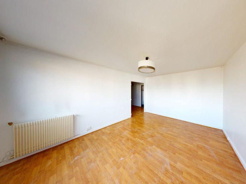 virginia gestion: 4 pièces 85 m², 1° chambre à coucher avec plafonnier